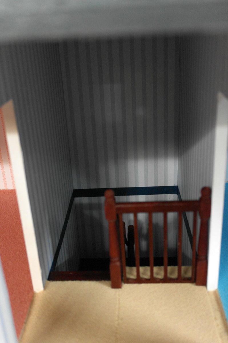 ドールハウスキット組み立て