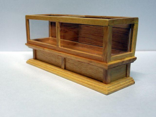 家具 ショップディスプレィ家具 ショップ・ディスプレーキャビネット 16.5x5.0x7.7cm Dolls House Emporium 製2463  ?19.90