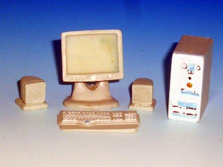 リビング小物 オフィス・書斎 アクセサリー パソコンセット 英国より直輸入 12分の1サイズの ドールハウス・アクセサリーです。