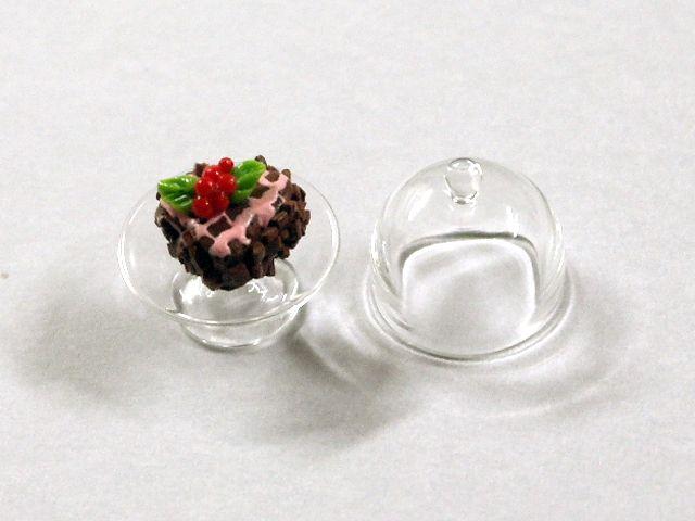 キッチン・ダイニング小物 スィーツ/デザート ケーキ&ガラスドーム 英国より直輸入  12分の1サイズの ドールハウス・アクセサリーです。