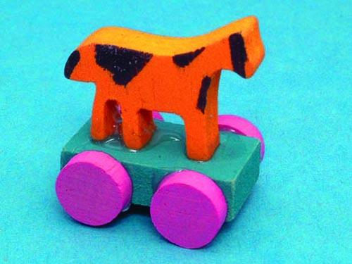 リビング小物 ナーサリー /キッズ小物 おもちゃ(プル・アロング-馬) 英国より直輸入  12分の1サイズの ドールハウス・アクセサリーです。