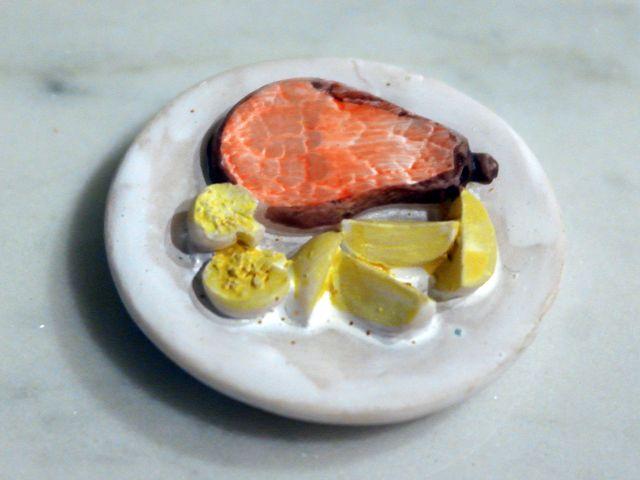 キッチン・ダイニング小物 フード プレート・フード 各種(1個) 英国より直輸入  12分の1サイズの ドールハウス・アクセサリーです。