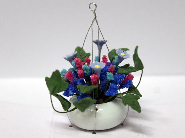 ガーデン小物 花瓶・鉢等 花&ハンギング・バスケット 各種 英国より直輸入  12分の1サイズの ドールハウス・アクセサリーです。