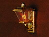 照明器具 壁・その他用 照明 外灯 英国より直輸入  12分の1サイズの ドールハウス用照明です。