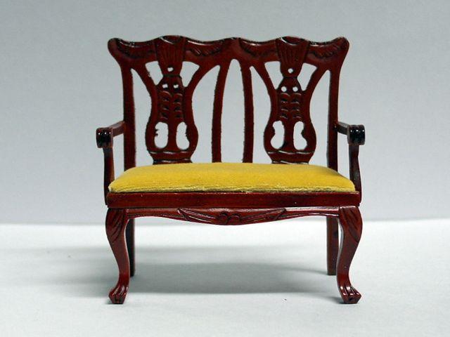 家具 ソファー・チェア類 ダブル チッペンデール チェア 英国より直輸入  12分の1サイズの ドールハウス家具です。