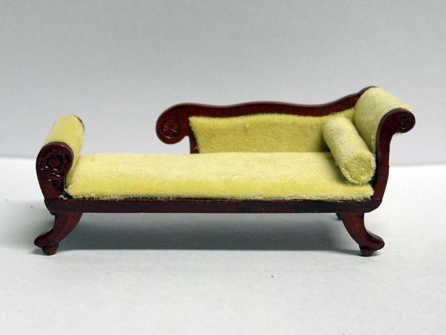 家具 ソファー・チェア類 ラウンジ 長いす 英国より直輸入  12分の1サイズの ドールハウス家具です。