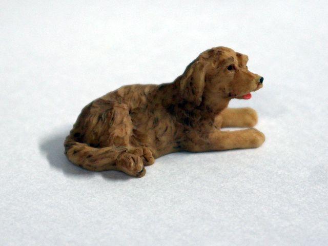 ガーデン小物 動物/ペット用品 犬 英国より直輸入 12分の1サイズの ドールハウス・アクセサリーです。