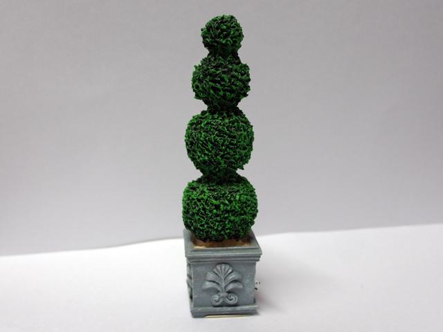 ガーデン小物 花瓶・鉢等 トピアリー(2302) 英国より直輸入 12分の1サイズの ドールハウス・アクセサリーです。