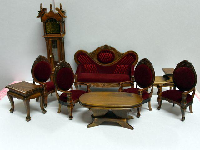 家具 ソファー・チェア類 リビング セット ワイン 英国より直輸入  12分の1サイズの ドールハウス家具です。