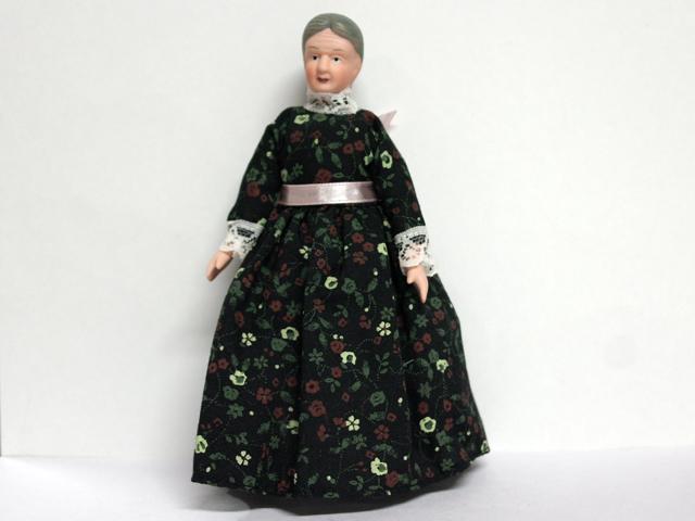ビスクドール  ビスクドール 老婦人 15.2cm