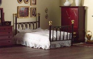 1/12サイズのドールハウス用ミニチュア ベッド ブラック キャストアイアン