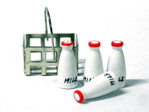 画像2: ミルク4本セット バスケット入り