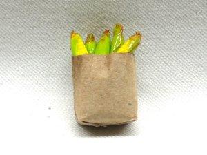 画像1: 紙袋入り野菜(スイートコーン)