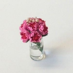 """画像1: ガラス花瓶入り""""バラ"""""""