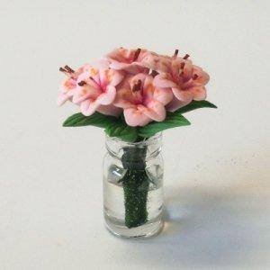 """画像3: ガラス花瓶入り""""ユリの花"""""""