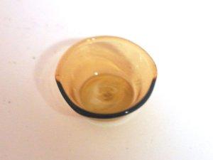 1/12サイズのドールハウス用ミニチュアアンバー ガラス・ボウルです